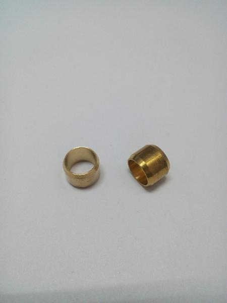 Муфта d 8 ( для медной трубки )